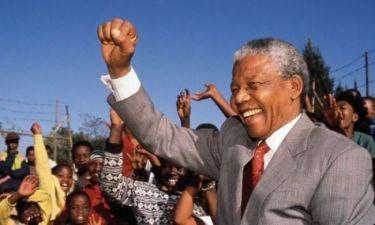 Ξανά στο νοσοκομείο ο Νέλσον Μαντέλα!