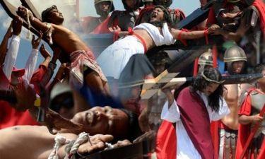 ΕΙΚΟΝΕΣ ΣΟΚ: Σταυρώνονται αναπαριστώντας το Θείο Δράμα(vid)