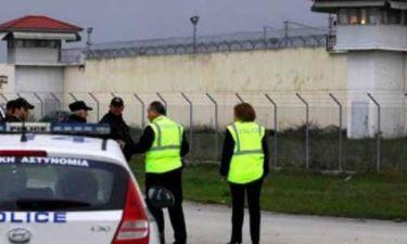 Συναγερμός στις φυλακές Τρικάλων για ένα ανεμόπτερο!