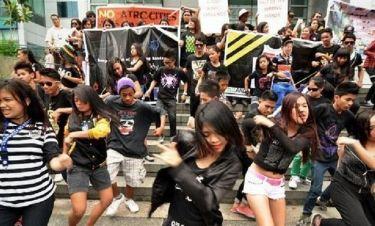 Γιατί το Harlem Shake ξετρελαίνει τον κόσμο;