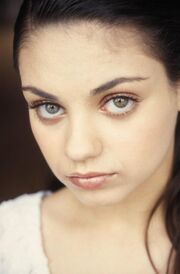 Mila Kunis: Δείτε πώς ήταν στην εφηβεία της η πιο σέξι γυναίκα!