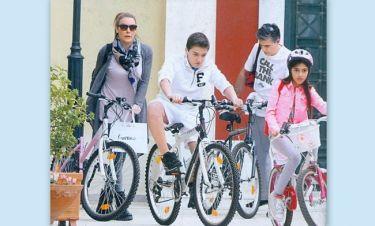 Μια οικογενειακή βόλτα με ποδήλατα