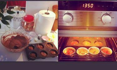 Σπιτικά cupcakes από τα χεράκια της…