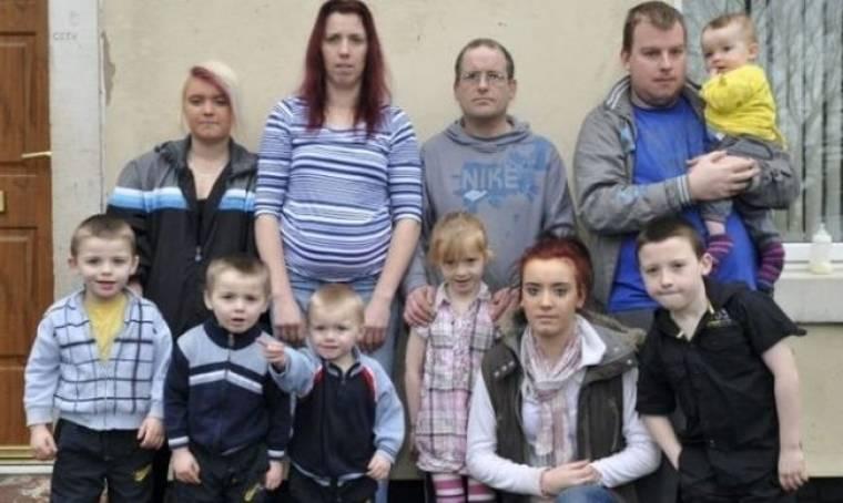 Άνεργη μητέρα δέκα παιδιών συνεχίζει να κάνει και άλλα παρά το γεγονός ότι δεν έχει τα χρήματα για να τα μεγαλώσει!