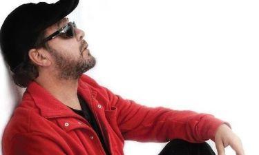 Γιάννης Πάριος: Στο Μέγαρο Μουσικής ερμηνεύοντας Τσιτσάνη