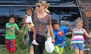 Η Heidi Klum δίνει ένα δολάριο την ημέρα στα παιδιά της για να πίνουν το χυμό τους!