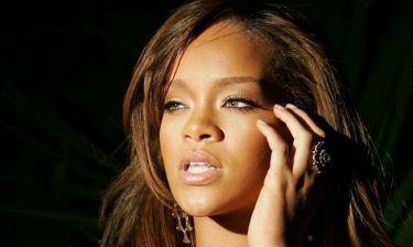 Η Rihanna πόσταρε στο twitter και άλλη αποκαλυπτική φωτογραφία της!