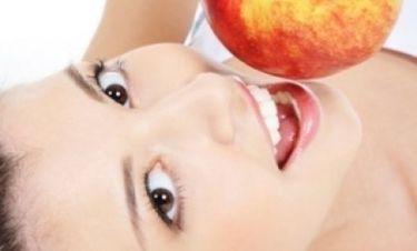 Μήλο: Ένα την ημέρα, κάνει την κυτταρίτιδα και τα κιλά πέρα;