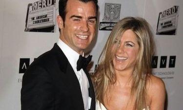 Τι κάνει ο Justin Theroux και κοψοχολιάζει τη Jennifer Aniston;