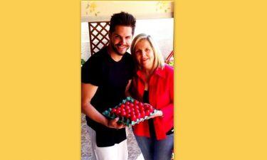 Ο Γιώργος Τσαλίκης, τα κόκκινα αυγά και η μαμά του!