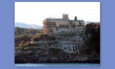 Στράτος Τζώρτζογλου: Στο Άγιο Όρος από χθες παρά τη μύηση στην Καμπάλα! (Nassos blog)