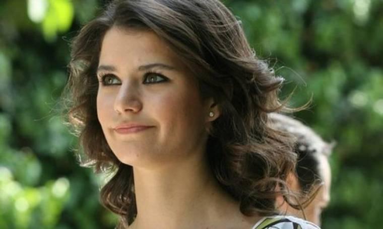 Beren Saat: Τραγικές στιγμές για την ηθοποιό. «Έχασε» σε τροχαίο τον σύντροφό της