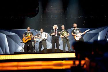 Eurovision 2013: Ελλάδα: Άφησαν τις φούστες και έβαλαν τις φόρμες στην πρώτη πρόβα τους!