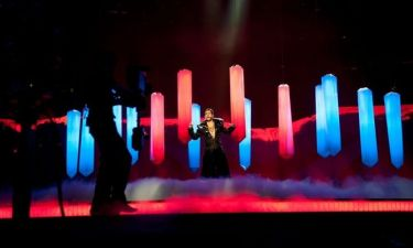 Eurovision 2013: Ρουμανία: Με κόκκινο φόντο και κορόνες στη σκηνή του Μάλμο!