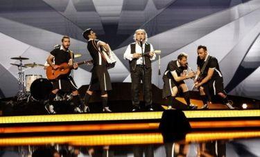 Eurovision 2013: Αγάθωνας Ιακωβίδης: Έκοψε λίγο το μουστάκι του
