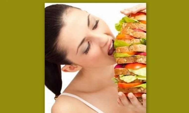 Υπερφαγία: Tips για να αποφύγουμε την συνήθεια που μας κρατάει μακριά από το σώμα των ονείρων μας