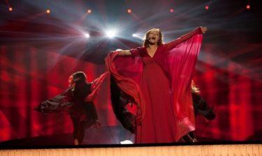 Eurovision 2013: Άγιος Μαρίνος: Εντυπωσιακή και ντυμένη στα κόκκινα η Valentina Monetta