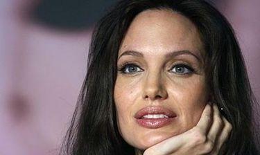 Το είδαμε και αυτό! To ΠΑΜΕ έβγαλε ανακοίνωση για την Jolie!