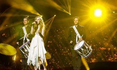 Eurovision 2013: Δανία: Η «ξυπόλυτη πριγκίπισσα» μαγνήτισε τα βλέμματα στο Μάλμε