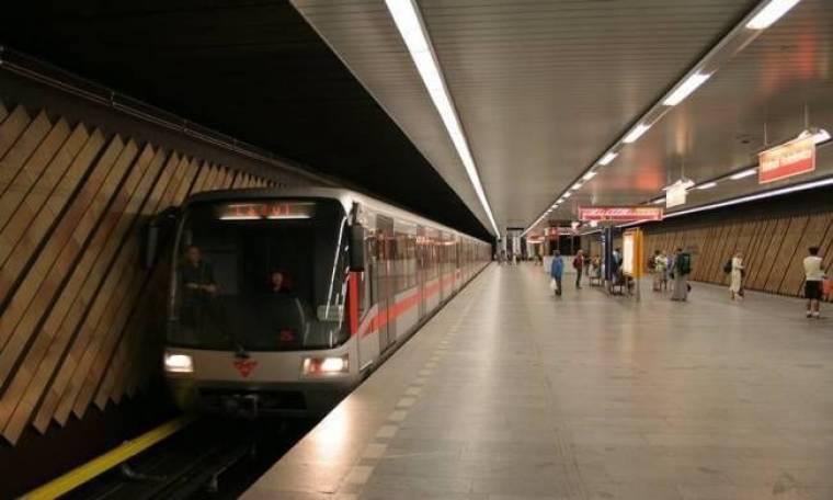 Μετρό σε ρόλο... προξενήτρας στην Πράγα!