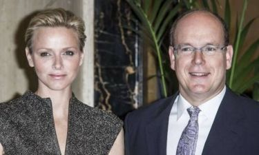 Σκάνδαλο: Κυκλοφόρησαν φωτογραφίες με την Charlene και τον εραστή της! Έξαλλος ο πρίγκιπας Αλβέρτος! (φωτό)