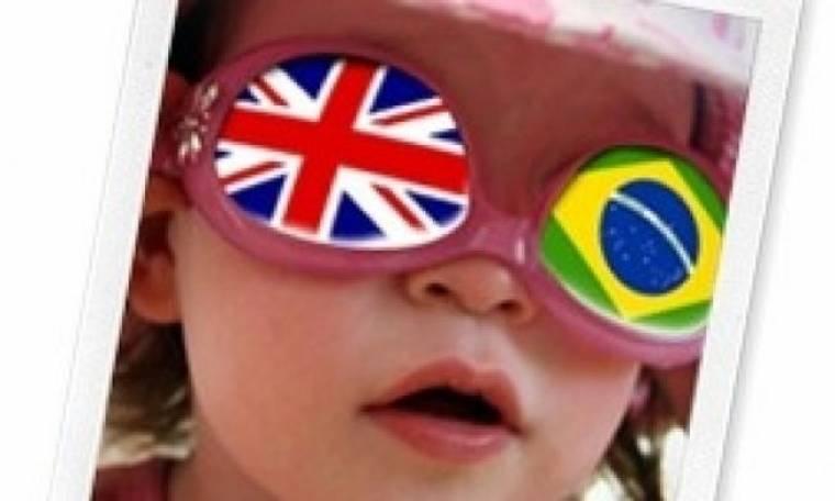 Δίγλωσσο παιδί: Μεγαλώνοντας σε διαπολιτισμική οικογένεια- Τι πρέπει να προσέξουν οι γονείς