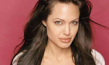 Οι Τούρκοι ευχήθηκαν «Καλή ανάρρωση» στην Angelina Jolie και της έστειλαν βερίκοκα