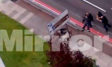 Βίντεο: Οι δολοφόνοι του Βρετανού στρατιώτη κατά των αστυνομικών