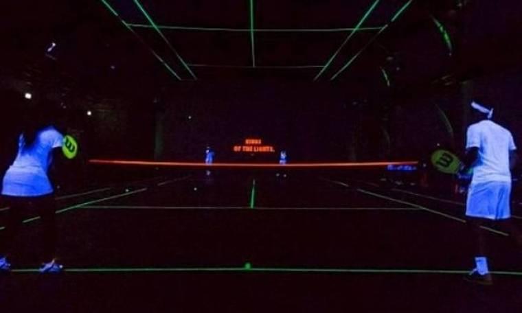 Τένις στο… σκοτάδι με Φέντερερ, Ναδάλ, Σερένα και Σαράποβα! (photos+video)