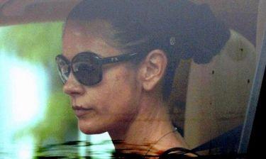 Catherine Zeta Jones: Καταπονημένη, σκεφτική και θλιμμένη κατά την έξοδό της από την ψυχιατρική κλινική (φωτό)