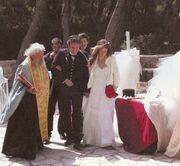Δείτε τη Βάσω Λασκαράκη στο γάμο της ντυμένη νυφούλα!