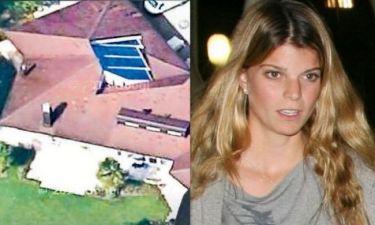 Η Αθηνά Ωνάση «έχασε» και το πατρικό της σπίτι όπου μεγάλωσε!