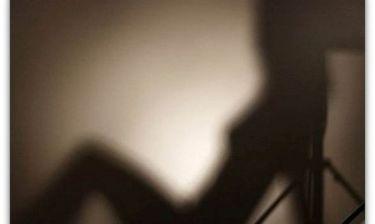 Η απόλυτη ξεφτίλα: Ατάλαντη δημοσιογράφος πήρε εκπομπή επειδή έκανε sex με πολιτικό! (Νassos blog)
