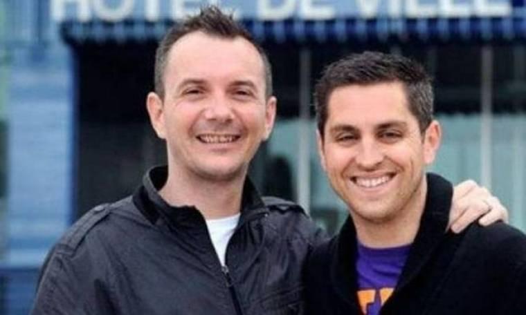 Yπό ισχυρό αστυνομικό κλοιό ο πρώτος γάμος ομοφυλοφίλων