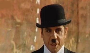 Δείτε τον Γιώργο Μαζωνάκη ως… Τσάρλι Τσάπλιν!