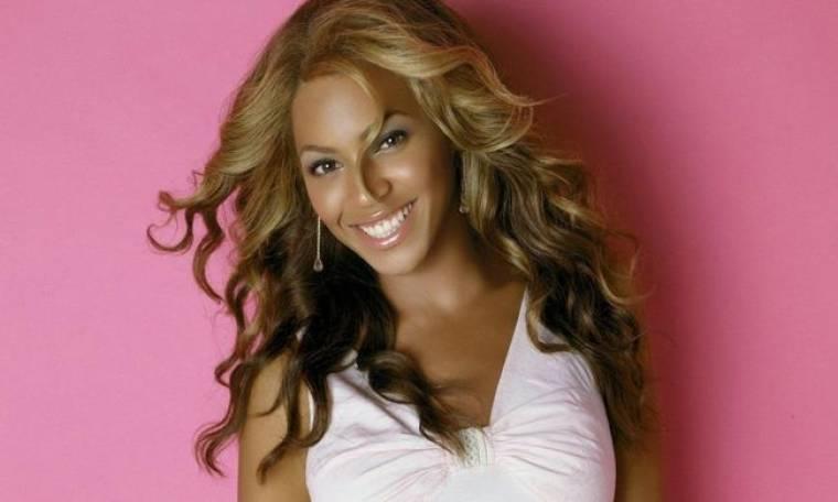Έξαλλη η Beyonce γιατί «έκοψαν» τις καμπύλες της!