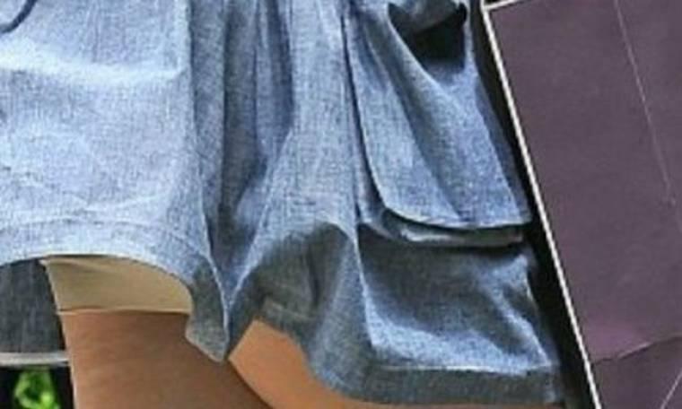 Κορσέ...mania! Δείτε ποια άλλη star του Hollywood έπιασε ο φωτογραφικός φακός να φορά κορσέ!