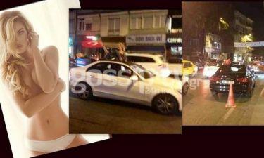 Φωτό: Ντένια Αγαλιανού: Το μοντέλο διαδηλώνει με τουρκική σημαία στην Κωνσταντινούπολη! (Nassos blog)
