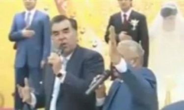 Βίντεο: Ο... φάλτσος πρόεδρος έγινε ρεζίλι στο Διαδίκτυο!
