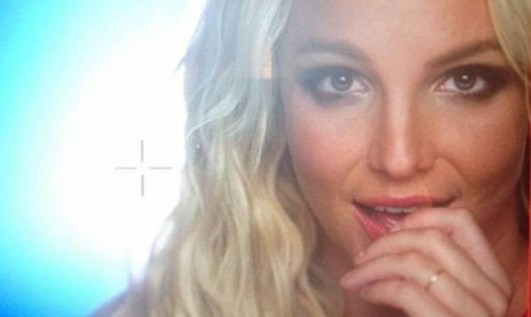 Με δαχτυλίδι αρραβώνων η Britney Spears;