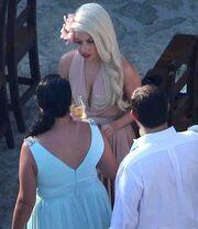 Πάντρεψε την κολλητή της η Lady Gaga