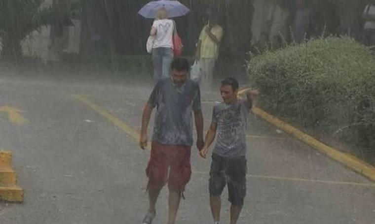Στην ΕΡΤ παρά τη βροχή (pics+Video)
