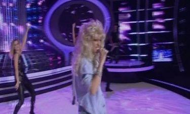 Το sex symbol Samantha Fox στην σκηνή του Your face sounds familiar by… Σύλβια Δεληκούρα!