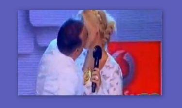 VMA: Το φιλί στο στόμα των Μπακοδήμου-Σεργουλόπουλου