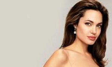 Angelina Jolie: Σχεδιάζει την απόκτηση παιδιού πριν την αφαίρεση των ωοθηκών της!