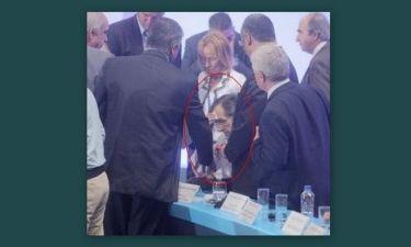 Αντώνης Σαμαράς: Διέκοψε την ομιλία του γιατί δεν αισθανότανε καλά