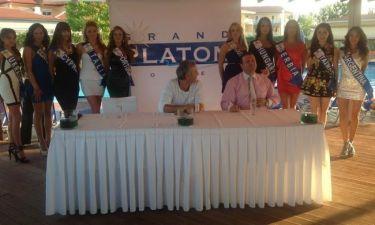 Οι υποψήφιες του 17ου διαγωνισμού Mις Παγκόσμιος Τουρισμός στην Κατερίνη