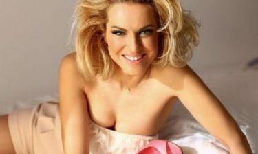 Μαρία Μπεκατώρου:  Παίζει στρουμφάκια πριν κοιμηθεί!