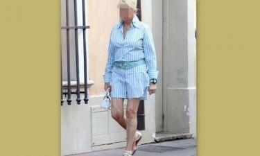 Ε όχι και μίνι: Ποια 64χρονη πρώην διάσημη καλλονή το τόλμησε… δυστυχώς;