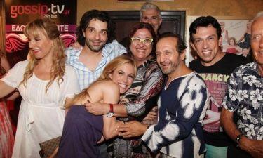 Λαμπερές παρουσίες στην επίσημη πρεμιέρα του «Hangover IV» στο θέατρο Αθηνά!